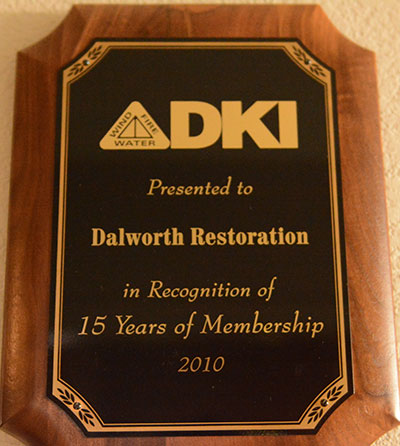 Gives a 15 Years of Membership Award in 2010