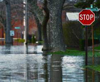 Flood Safety Tips for the Dallas-Fort Worth Area by Dalworth Restoration