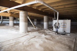Crawlspace with ventilation equipment