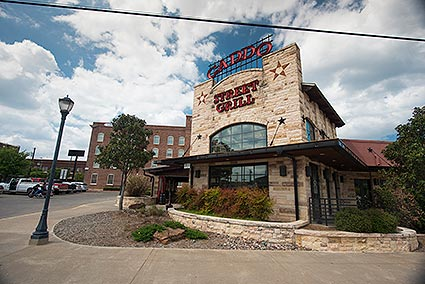 The Caddo Street Grill is a steakhouse offering live bands, patio seating, and banquet room seating in Cleburne, TX.